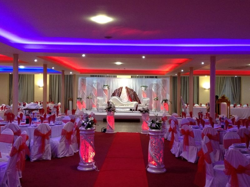 Wedding stages asian wedding event management asian for Asian wedding stage decoration manchester
