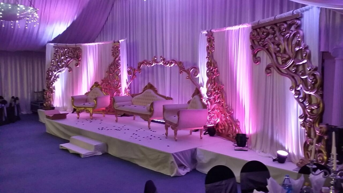 Wedding stages asian wedding event management asian for Asian wedding stage decoration birmingham
